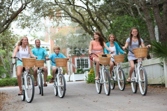 Family Riding bikes in Seaside 30A